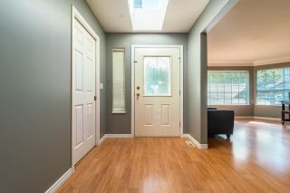 Photo 2: 19041 ADVENT Road in Pitt Meadows: Central Meadows House for sale : MLS®# R2617127