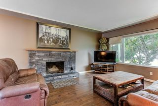 Photo 6: 708 ACCACIA Avenue in Coquitlam: Coquitlam West House for sale : MLS®# R2610901