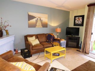 """Photo 4: 5 45640 STOREY Avenue in Sardis: Sardis West Vedder Rd Townhouse for sale in """"WHISPERING PINES"""" : MLS®# R2306187"""