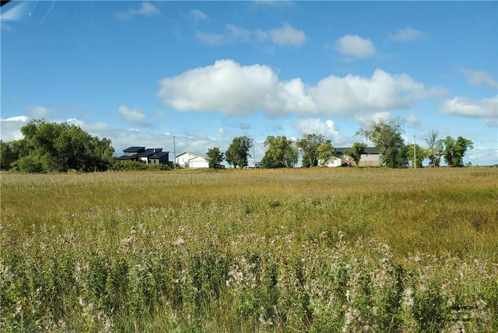 Photo 3: Photos:  in St Laurent: Twin Lake Beach Residential for sale (R19)  : MLS®# 202023983