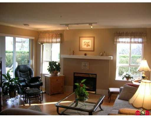 "Photo 3: Photos: 19750 64TH Ave in Langley: Willoughby Heights Condo for sale in ""THE DAVENPORT"" : MLS®# F2706096"