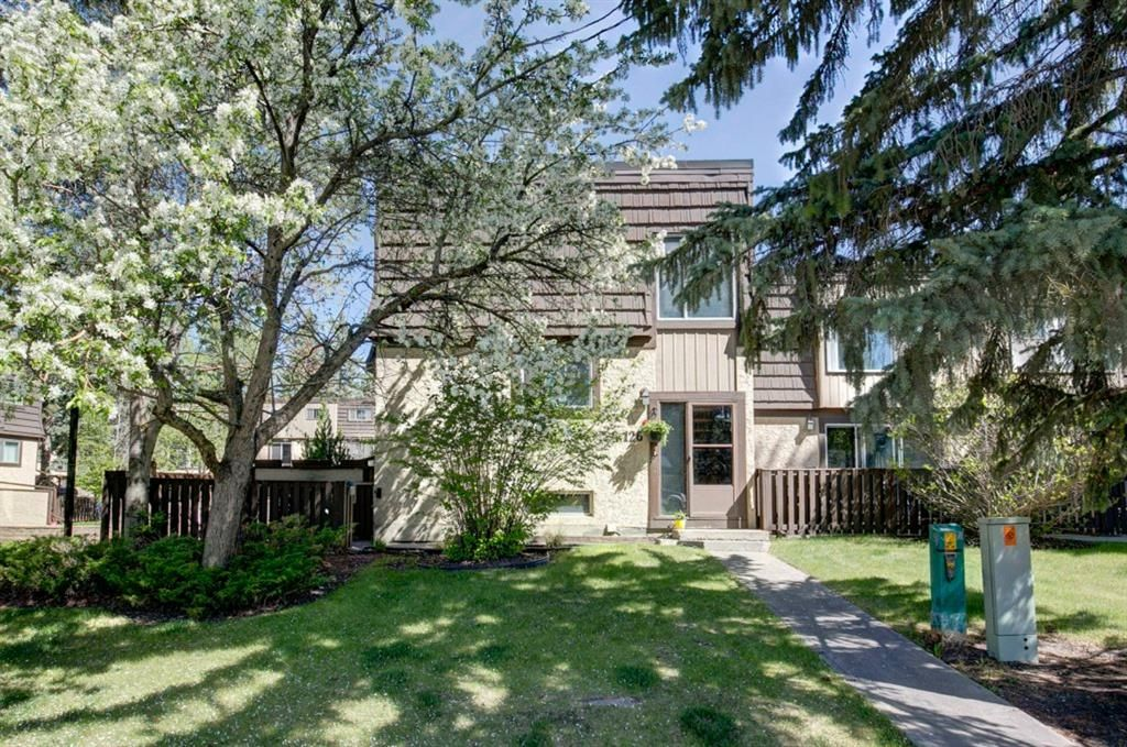 Main Photo: 126 3130 66 Avenue SW in Calgary: Lakeview Row/Townhouse for sale : MLS®# A1114845