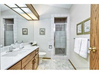 Photo 11: 723 WOODBINE Boulevard SW in CALGARY: Woodbine Residential Attached for sale (Calgary)  : MLS®# C3584095