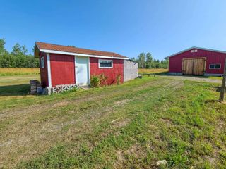 """Photo 9: 9480 ELLIS Road in Prince George: Pineview House for sale in """"AIRPORT"""" (PG Rural South (Zone 78))  : MLS®# R2610459"""