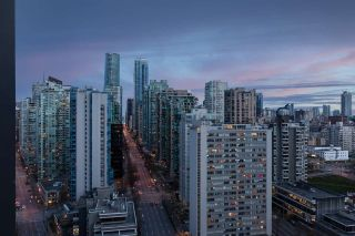 """Photo 32: 2501 620 CARDERO Street in Vancouver: Coal Harbour Condo for sale in """"Cardero"""" (Vancouver West)  : MLS®# R2565115"""