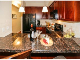 """Photo 4: 28 6852 193RD Street in Surrey: Clayton Townhouse for sale in """"INDIGO"""" (Cloverdale)  : MLS®# F1426154"""
