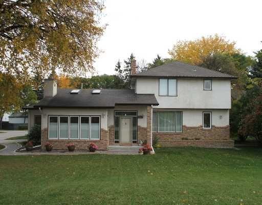 Main Photo: 275 LYNDALE Drive in WINNIPEG: St Boniface Residential for sale (South East Winnipeg)  : MLS®# 2819870