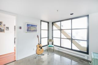 """Photo 8: 406 549 COLUMBIA Street in New Westminster: Downtown NW Condo for sale in """"C2C Lofts"""" : MLS®# R2568898"""