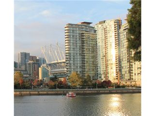 Photo 3: 2602 918 Cooperage Way in Vancouver: Yaletown Condo for sale (Vancouver West)  : MLS®# V1037825