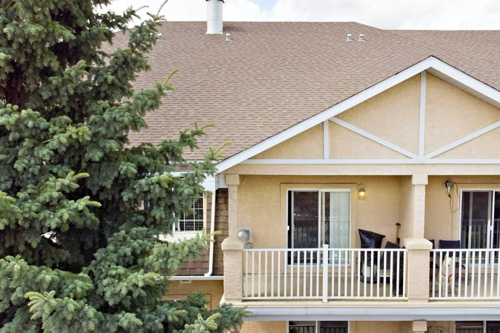 Main Photo: 305 1415 17 Street SE in Calgary: Inglewood Apartment for sale : MLS®# A1102652