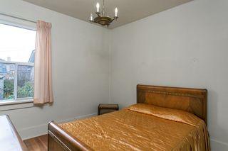 "Photo 5: 2327 TURNER Street in Vancouver: Hastings House for sale in ""HASTINGS-SUNRISE"" (Vancouver East)  : MLS®# R2225652"