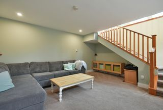 Photo 13: 256 KNIGHT Road in Gibsons: Gibsons & Area House for sale (Sunshine Coast)  : MLS®# R2600569