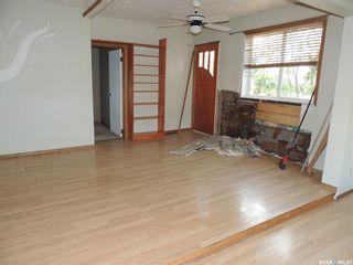 Photo 10: 214 Railway Avenue in Lampman: Residential for sale : MLS®# SK866334