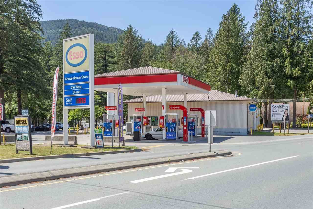 Main Photo: 4161 COLUMBIA VALLEY Road: Cultus Lake Business for sale : MLS®# C8036868