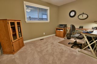 """Photo 37: 21533 86A Crescent in Langley: Walnut Grove House for sale in """"Forest Hills"""" : MLS®# R2423058"""