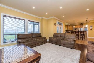 Photo 15: 35628 ZANATTA Place in Abbotsford: Abbotsford East House for sale : MLS®# R2524152