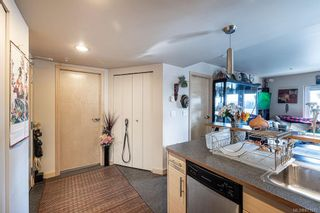 Photo 3: 315 787 Tyee Rd in : VW Victoria West Condo for sale (Victoria West)  : MLS®# 871571