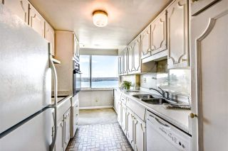"""Photo 10: 1903 1835 MORTON Avenue in Vancouver: West End VW Condo for sale in """"Ocean Towers"""" (Vancouver West)  : MLS®# R2530761"""
