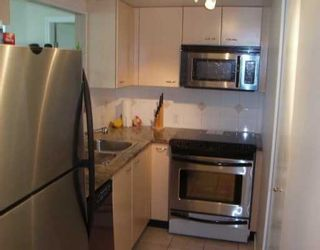 """Photo 5: 102 1367 ALBERNI ST in Vancouver: West End VW Condo for sale in """"THE LIONS"""" (Vancouver West)  : MLS®# V588362"""