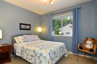 """Photo 18: 2002 127A Street in Surrey: Crescent Bch Ocean Pk. House for sale in """"Ocean Park"""" (South Surrey White Rock)  : MLS®# R2145477"""
