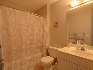 Photo 13: 40 Hamptons Link NW in Calgary: Hamptons Row/Townhouse for sale : MLS®# A1074833