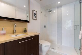 """Photo 20: 227 2008 PINE Street in Vancouver: False Creek Condo for sale in """"MANTRA"""" (Vancouver West)  : MLS®# R2620920"""