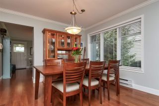 """Photo 3: 104 14271 18A Avenue in Surrey: Sunnyside Park Surrey Townhouse for sale in """"Ocean Bluff Court"""" (South Surrey White Rock)  : MLS®# R2337440"""