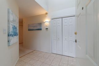 Photo 3: 15 928 Bearwood Lane in : SE Broadmead Row/Townhouse for sale (Saanich East)  : MLS®# 872824