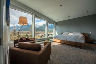 Photo 9: 41120 ROCKRIDGE Place in Squamish: Tantalus House for sale : MLS®# R2164124