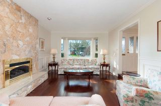 Photo 3: 5551 FLOYD Avenue in Richmond: Steveston North House for sale : MLS®# R2241007