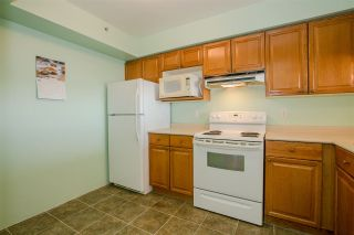 Photo 6: 305 1180 PINETREE Way in Coquitlam: North Coquitlam Condo for sale : MLS®# R2285699