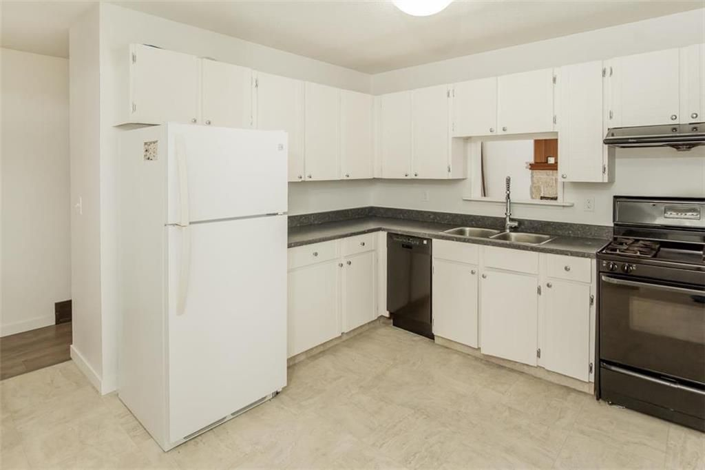 Photo 7: Photos: 31 Lamirande Place in Winnipeg: Richmond Lakes Residential for sale (1Q)  : MLS®# 202119515