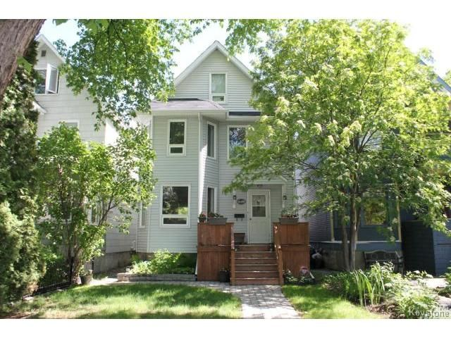 Main Photo: 640 Warsaw Avenue in WINNIPEG: Fort Rouge / Crescentwood / Riverview Residential for sale (South Winnipeg)  : MLS®# 1414363