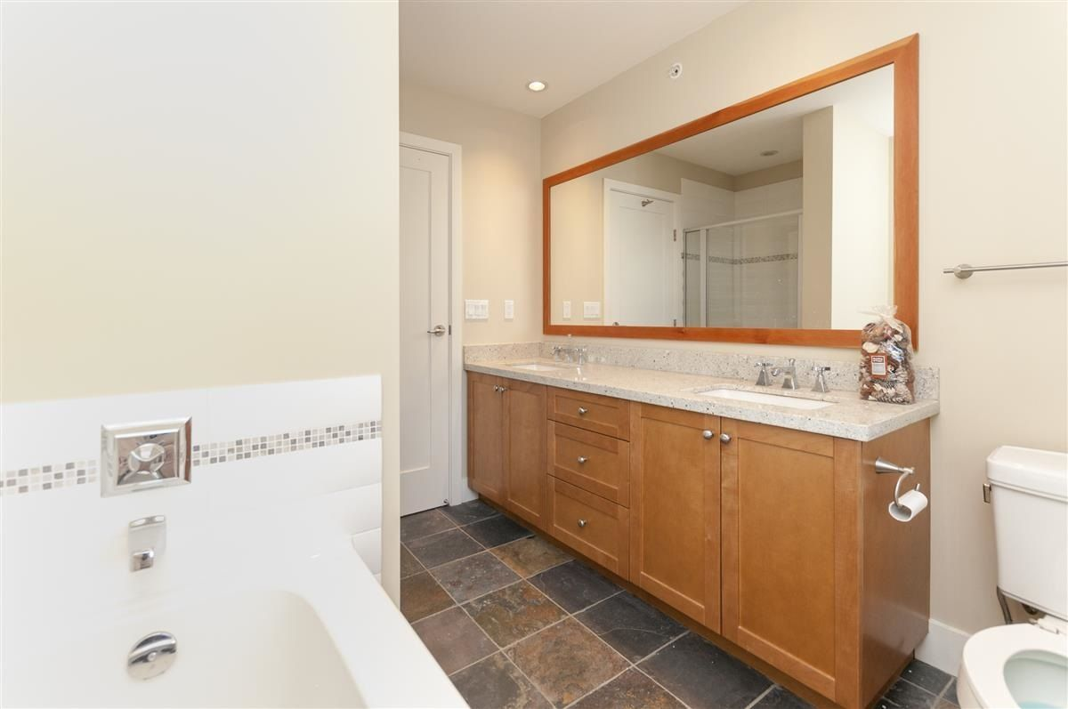"""Photo 10: Photos: 230 BROOKES Street in New Westminster: Queensborough Condo for sale in """"MARMALADE SKY"""" : MLS®# R2227359"""