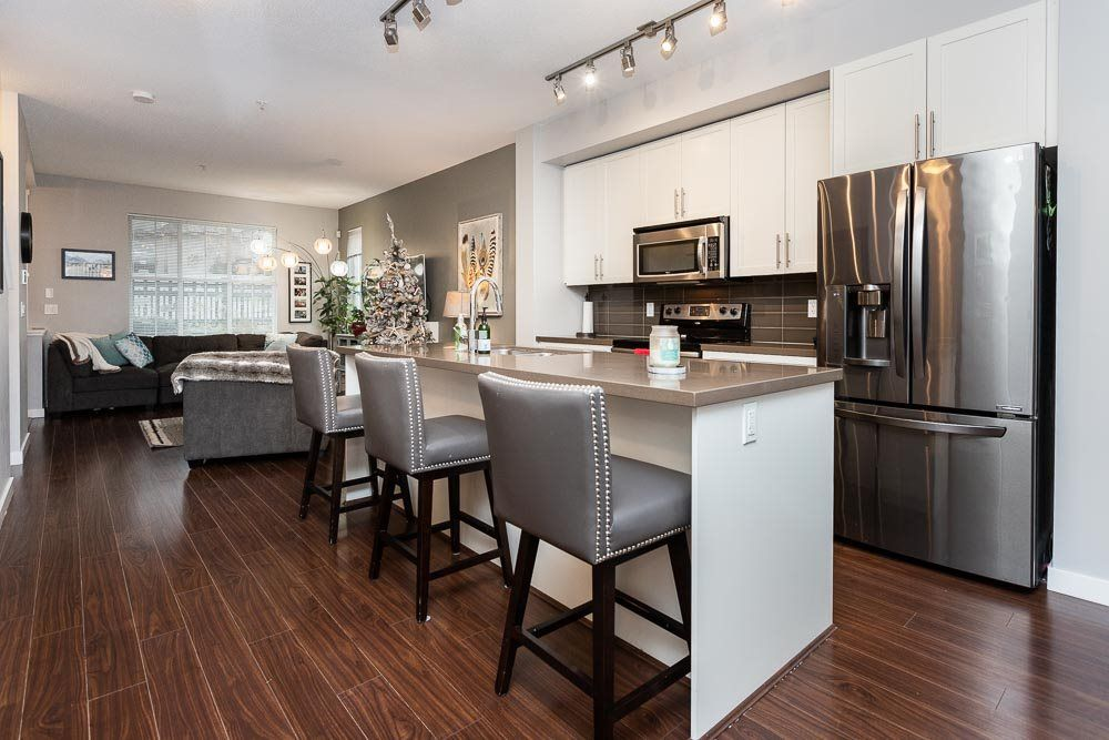 Photo 10: Photos: 8 11176 GILKER HILL Road in Maple Ridge: Cottonwood MR Townhouse for sale : MLS®# R2524679