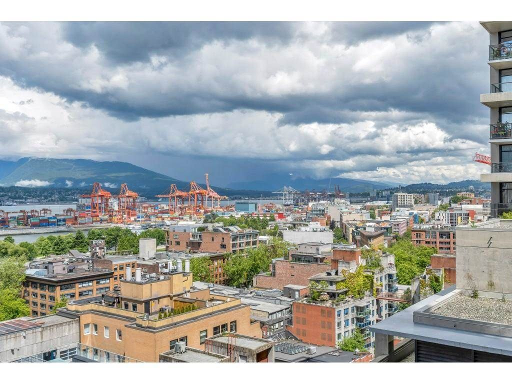 """Photo 22: Photos: 1704 128 W CORDOVA Street in Vancouver: Downtown VW Condo for sale in """"WOODWARDS"""" (Vancouver West)  : MLS®# R2592545"""