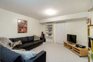 """Photo 25: 9573 WILLOWLEAF Place in Burnaby: Forest Hills BN Townhouse for sale in """"SPRING RIDGE"""" (Burnaby North)  : MLS®# R2462681"""