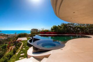Photo 29: Residential for sale : 5 bedrooms :  in La Jolla