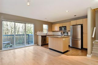 Photo 5: 145 15168 36 AVENUE in South Surrey White Rock: Home for sale : MLS®# R2325399