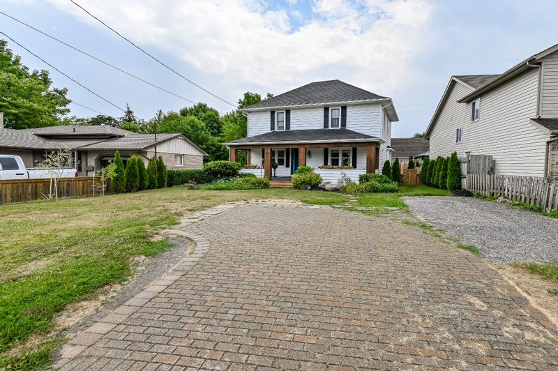 FEATURED LISTING: 290 Lakehore Road St. Catharines