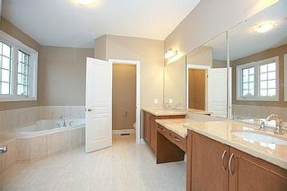 Photo 3: 9 Manila Avenue in Markham: Berczy House (2-Storey) for sale : MLS®# N3047607