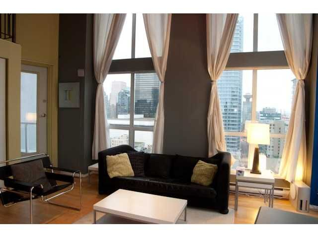 FEATURED LISTING: 1212 - 933 SEYMOUR Street Vancouver