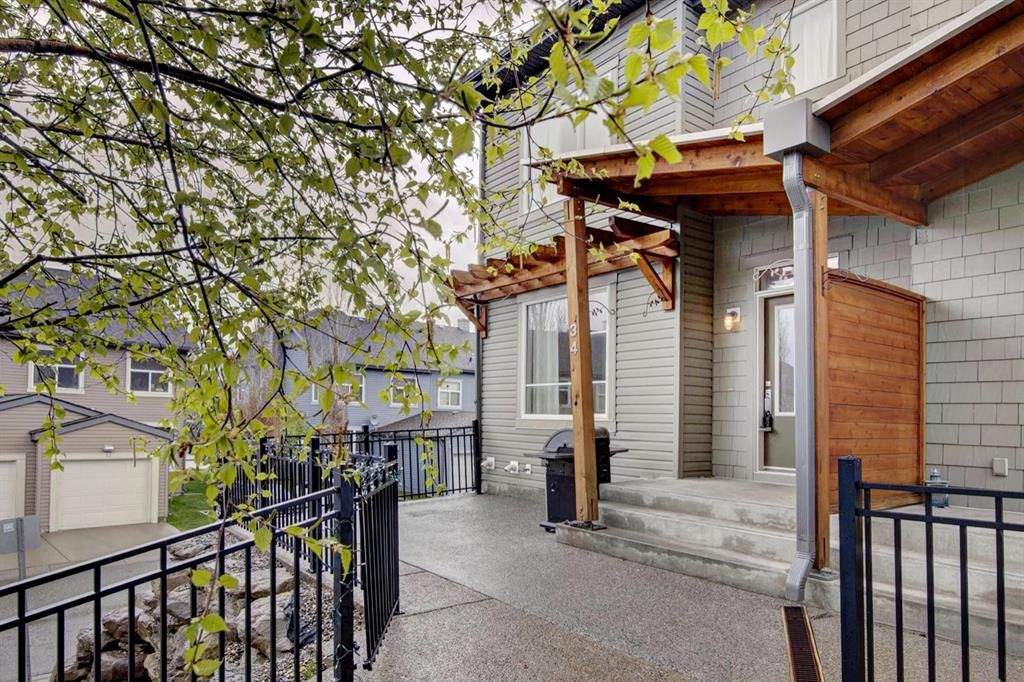 Main Photo: 34 CHAPALINA Square SE in Calgary: Chaparral Row/Townhouse for sale : MLS®# A1111680