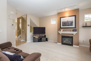 "Photo 10: 20 6050 166 Street in Surrey: Cloverdale BC Townhouse for sale in ""WESTFIELD"" (Cloverdale)  : MLS®# R2385958"