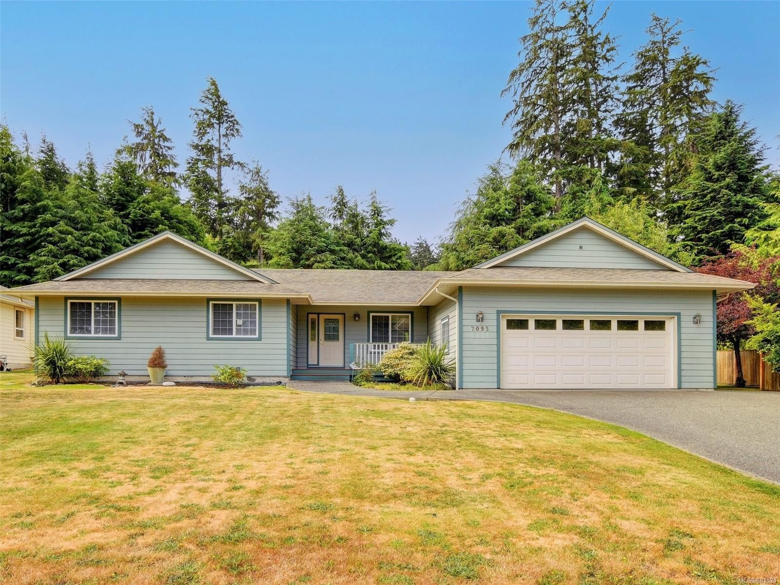 Main Photo: 7095 Francis Rd in : Sk Whiffin Spit House for sale (Sooke)  : MLS®# 881524