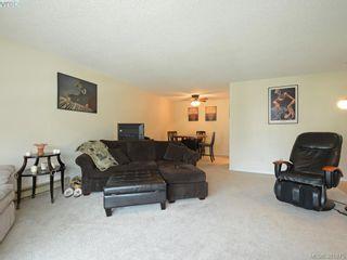 Photo 4: 402 1490 Garnet Rd in VICTORIA: SE Cedar Hill Condo for sale (Saanich East)  : MLS®# 767199