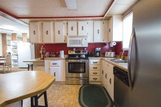 """Photo 11: 48 2305 200 Street in Langley: Brookswood Langley Manufactured Home for sale in """"CEDAR LANE"""" : MLS®# R2061584"""