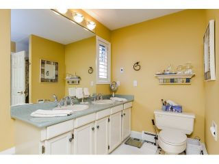 """Photo 12: 7923 MEADOWOOD Drive in Burnaby: Forest Hills BN House for sale in """"FOREST HILLS"""" (Burnaby North)  : MLS®# R2070566"""