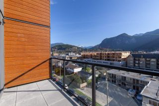 """Photo 22: 610 38013 THIRD Avenue in Squamish: Downtown SQ Condo for sale in """"THE LAUREN"""" : MLS®# R2476208"""
