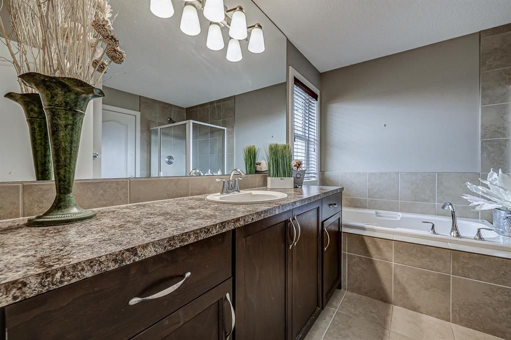 Photo 22: Photos: 200 EVERBROOK Drive SW in Calgary: Evergreen Detached for sale : MLS®# A1102109